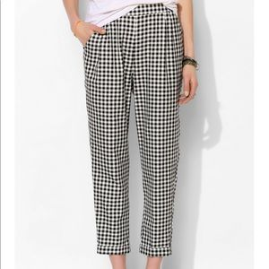 UO cooperative gingham plaid cropped pants